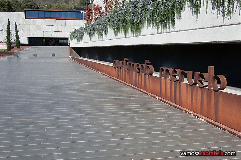 En el ayuntamiento de meruelo vamos a cantabria - Letras de hierro ...
