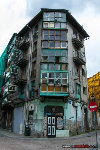 Edificios ruinosos IV