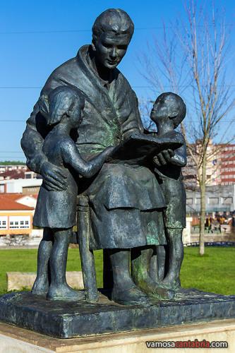 Monumento a las abuelas II