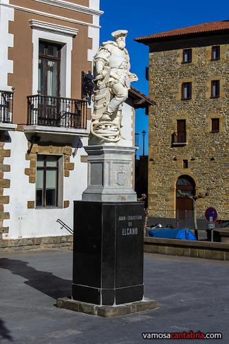 Estatua de Elcano en Guetaria II