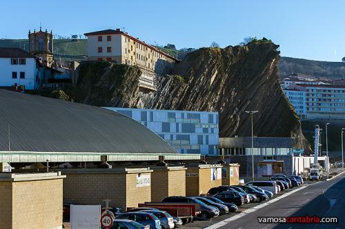 Casas sobre el acantilado