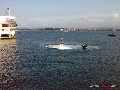 Flyboard en la bahía