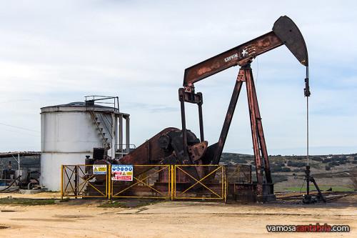 Maquina extractora de petroleo II