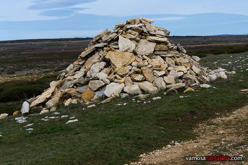 Piedras en el campo de al lado
