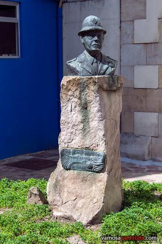Monumento en Torrelavega II