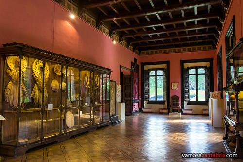 Salón en el Palacio de Sobrellano