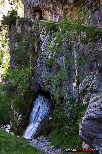 Cascada en el canal I