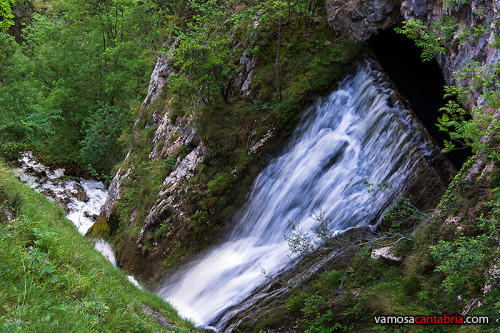 Cascada en el canal II