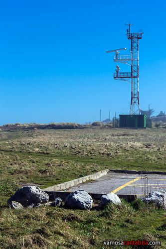 Torre con dos radares I