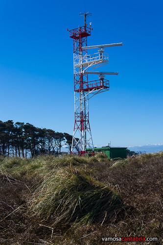 Torre con dos radares II