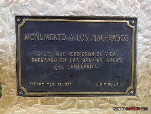 Cartel en el monumento