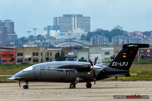 Piaggio P180 Avanti en Parayas II