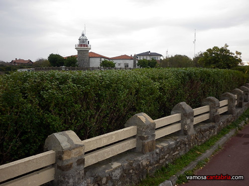 Faro de Punta Galea I