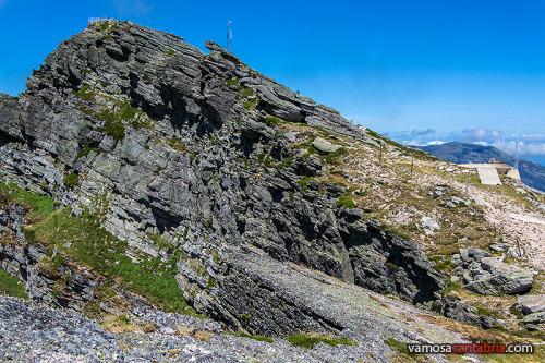 Cima del Pico Tres Mares