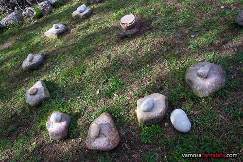 Piedras junto a la entrada