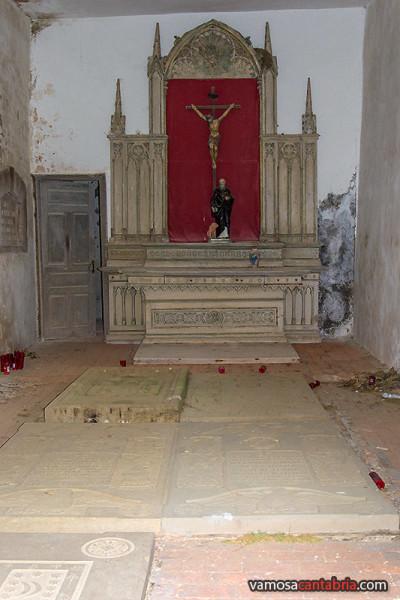 Altar al fondo
