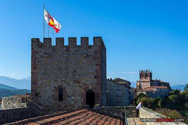 Torre con bandera
